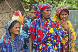 His team chose an anti-poverty program in Bangladesh with good results, called BRAC, that had helped 400,000 families that were living off $1.25 a day, and tested the program with thousands of families in six countries. (Dmitry Chulov, ©istockphoto.com/Dmitri_Chulov)