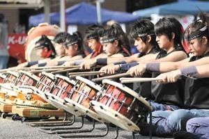 The team from Japan entertains crowds during Street Festival 2009.