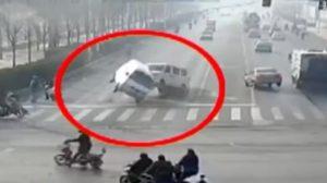 151130053712-cars-china-traffic-levitate-vo-00001016-exlarge-tease