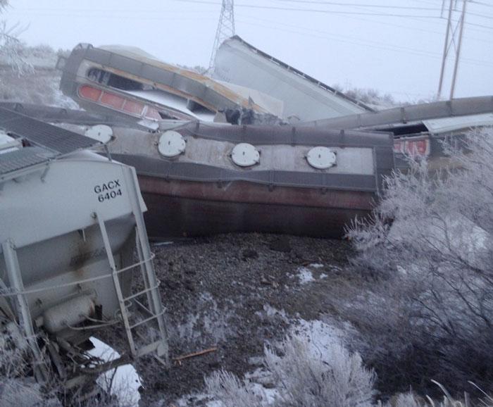 Train-Derailment02