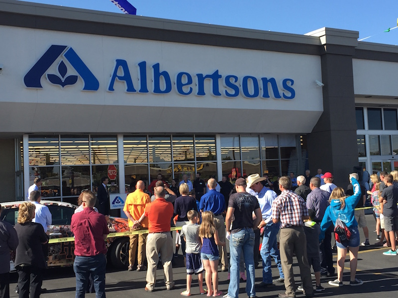 idaho falls albertsons celebrates grand reopening east