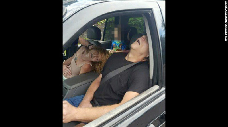 Police share shocking photos of family on heroin